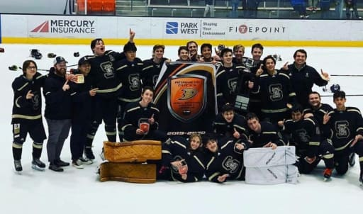 servite_HockeyCommissionersCup